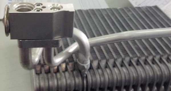 Auto AC Evaporator2.jpg